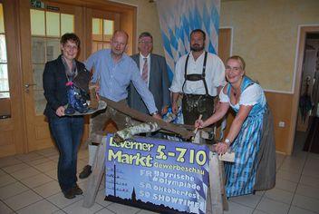 Leverner Markt 2012 mit buntem Programm