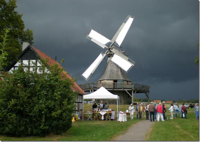 Halbtagsfahrt von Mühlenverein und Heimatverein Levern  Altstadtführung in Warendorf und Besichtigung Gradierwerk
