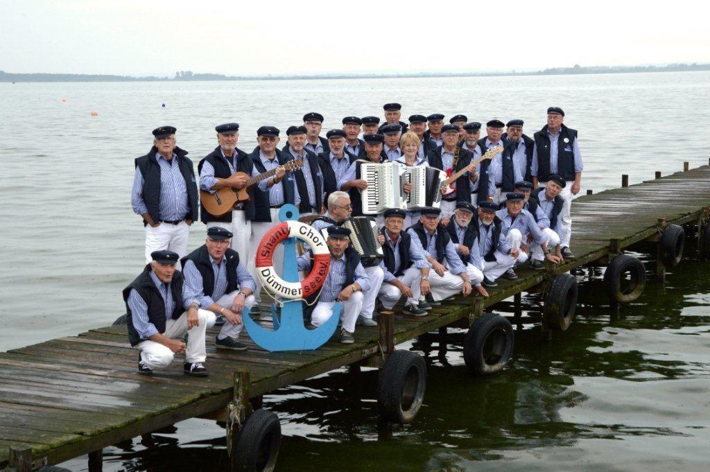 Mühlentag in Levern mit Shanty-Chor Dümmer See Mahl- und Backtag am 3. September mit Pickertessen